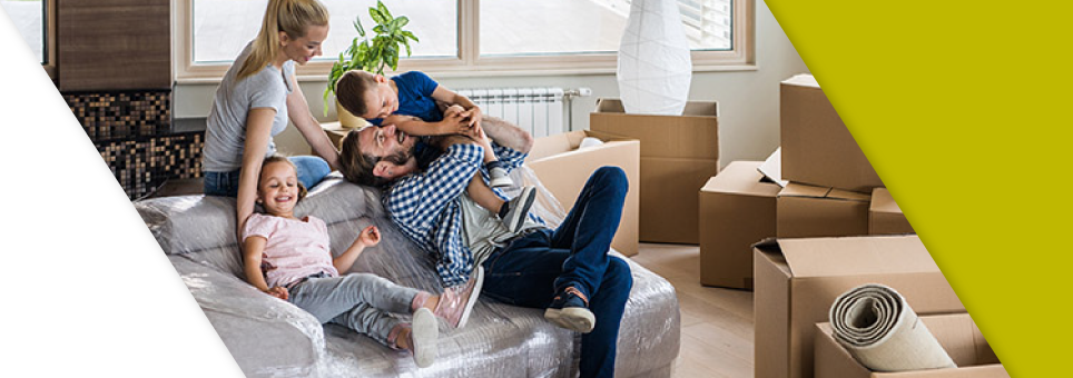 Lead Bank community mortgage clients moving into their new home